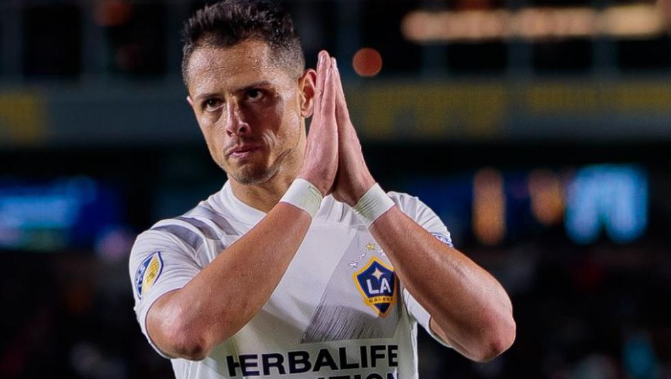 """""""Es increíble que a mí me paguen tantísimo y a médicos y científicos casi nada"""", afirmó, el futbolista mexicano Chicharito"""