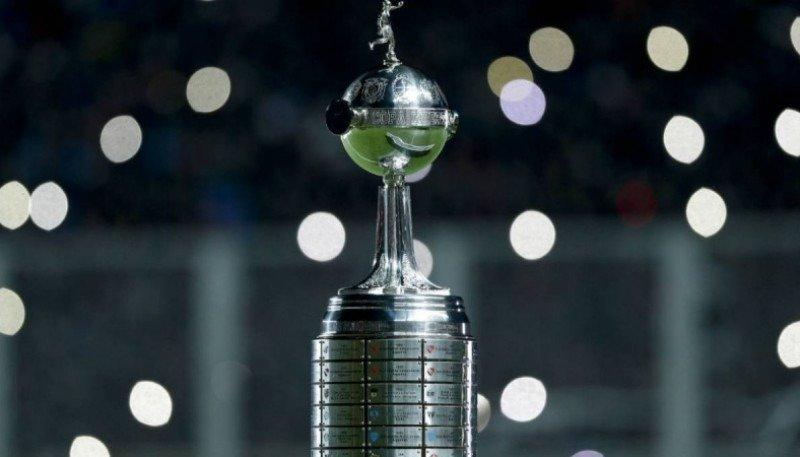 Hace un año, los hinchas de River disfrutaban la llegada de la Copa Libertadores a General Pico
