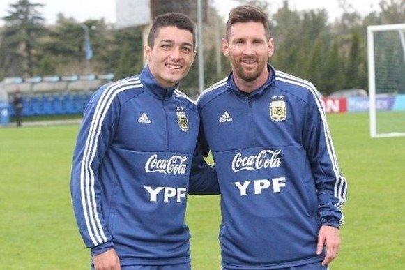 El día en el que el piquense Matías Palacios lograba el sueño de fotografiarse con Lionel Messi