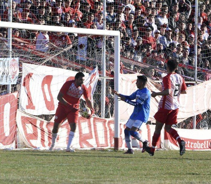 El piquense, José Luis Alcaín, dejó el arco de Huracán para transformarse en manager deportivo de la institución
