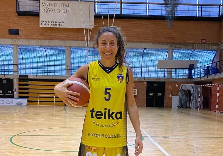 """La basquetbolista piquense, Regina Carosio, jugará en España: """"gracias a todos por poder cumplir este sueño"""", señaló"""