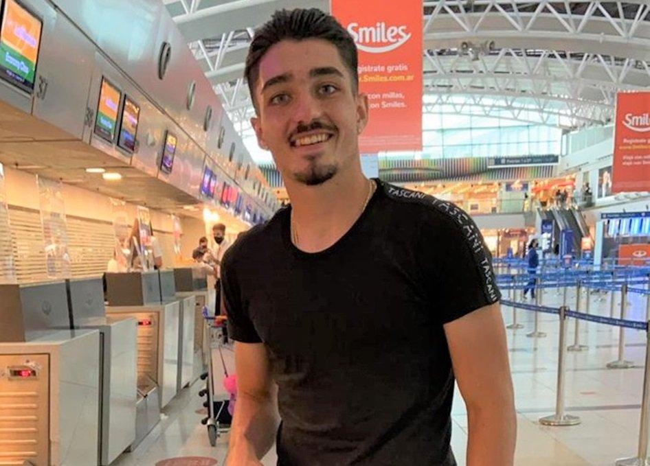 OFICIAL: En estos momentos, el piquense Matías Palacios está viajando junto a su padre a Suiza para jugar en el FC Basel