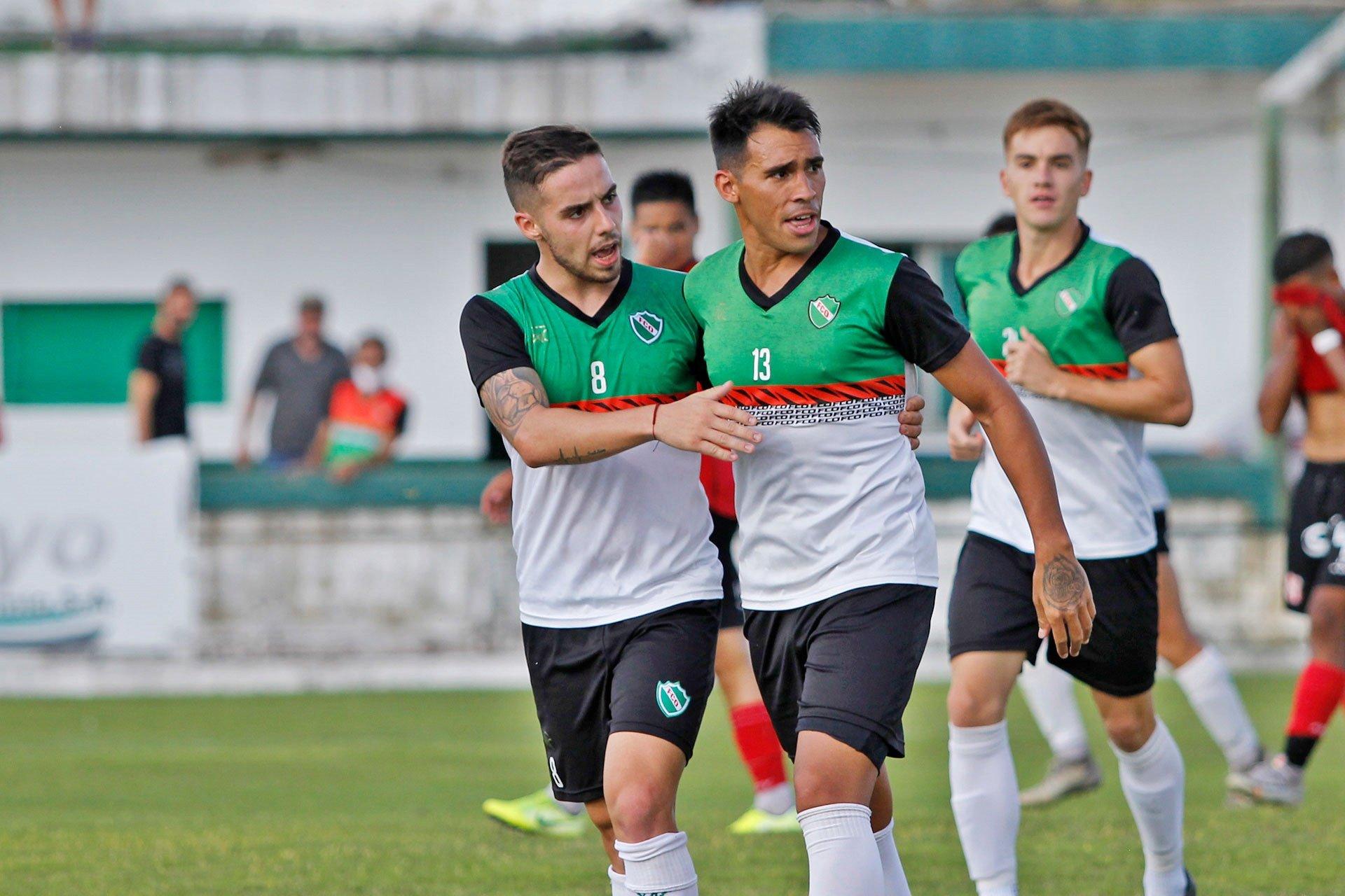 """Atractivo partido jugaron  Ferro de Pico y Costa Brava en el """"Coloso"""" de Barrio Talleres"""