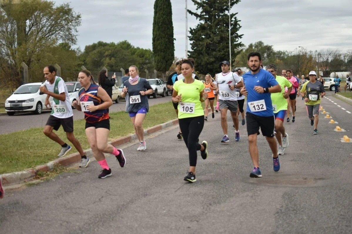 """Debido a las condiciones epidemiológicas, posponen el inicio del campeonato de running """"Kilómetro y Pico"""""""