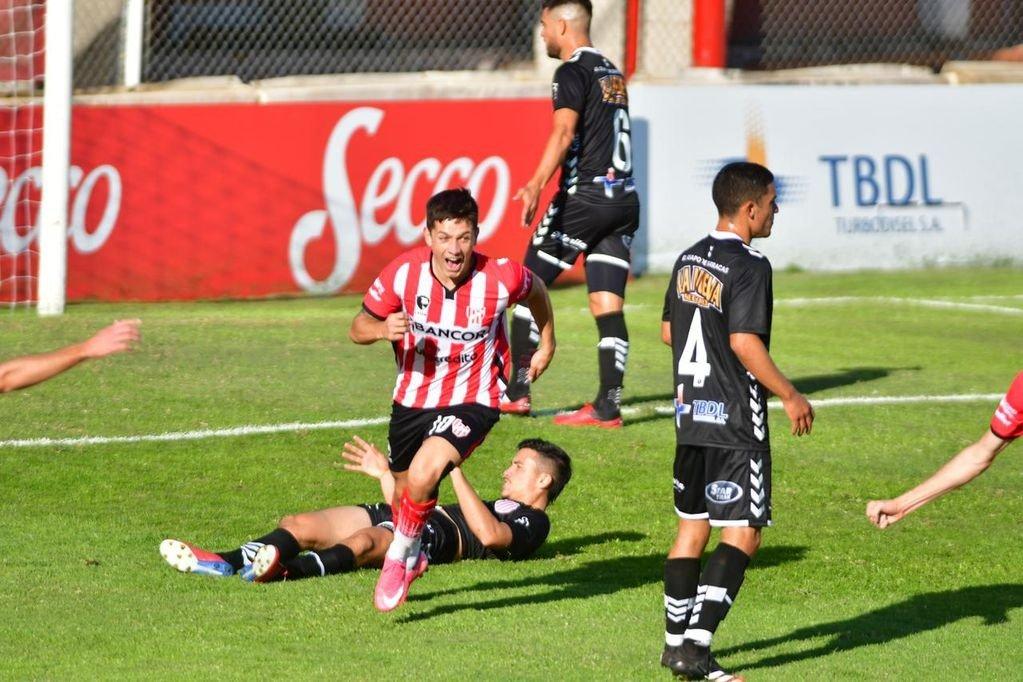 Primera Nacional: El piquense Rodrigo Garro convirtió un lindo gol para Instituto de Córdoba