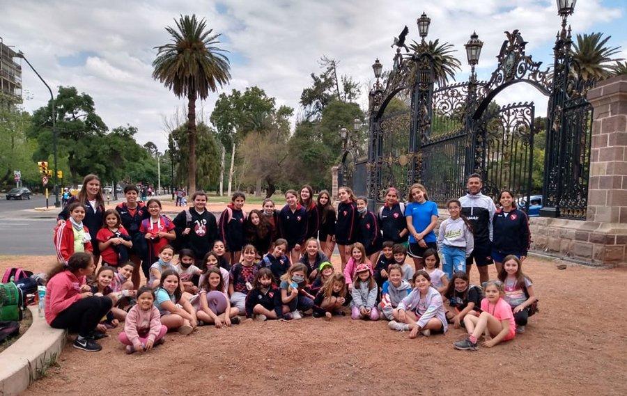 El hockey del club Sportivo Independiente tuvo una destacada participación en Mendoza